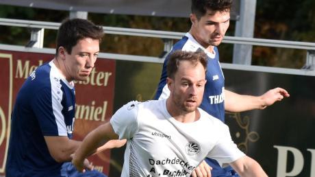 Hat ungefähr die dreifache Erfahrung wie der Rest seines Teams: Schwabmünchens Spielertrainer Sebastian Holzern.
