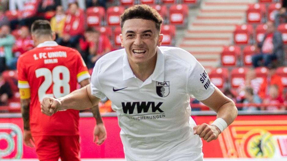 Ruben Vargas freut sich über seinen Treffer in Berlin.