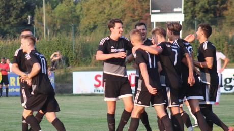 Mit 3:0 siegte der TSV Friedberg gegen Konkurrent TSV Neusäß. Auch in Neugablonz sollen Punkte gegen den Abstieg her.