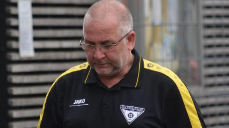 Nach drei Corona-Verdachtsfällen hat Abteilungsleiter Klaus Assum vom TSV Gersthofen die Partie gegen den TSV Hollenbach abgesagt.