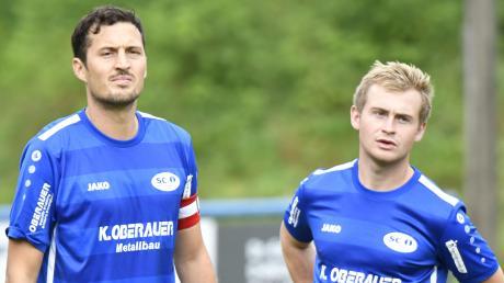 Das Mienenspiel von Stefan Strohhofer und Nico Breskott verrät es: In der ersten Halbzeit ging beim SC Ichenhausen nichts zusammen.
