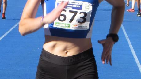 Gold und Silber gab es für die Meitingerin Christina Kratzer über 1500 und 800 Meter.