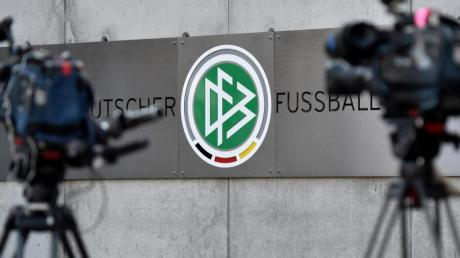 Der DFB steht wieder im Mittelpunkt von Ermittlungen.