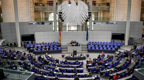 Der Bundestag agiert in der Corona-Krise zu schwach.