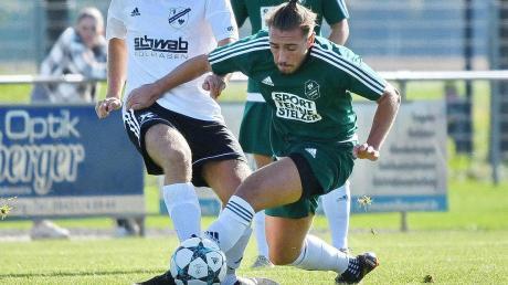 Dürfen heute Abend gegen den FC Gerolfing endlich ran: Pascal Sladkowski (vorne) und der SV Karlshuld.
