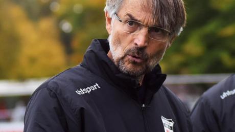 Das Ergebnis hat ihm nicht geschmeckt: Nach Einschätzung des Pfuhler Trainers Werner Stutzmann hatte das Derby keinen Sieger verdient.