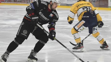 David Zachar feierte mit dem ESV Burgau einen Auftakt-Erfolg in der Eishockey-Landesliga.