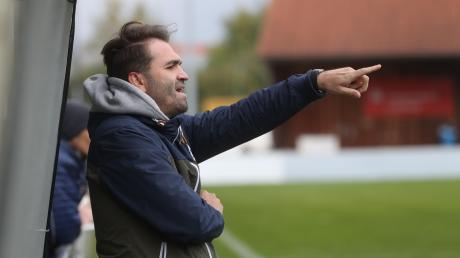 Stätzlings Trainer Andreas Jenik war mit der Leistung seiner Mannschaft beim 3:0-Erfolg gegen Bubesheim zufrieden. Durch den Sieg sind die Stätzlinger plötzlich wieder mittendrin im Kampf um Platz zwei.