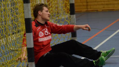 Enttäuschung bei den Handballern (hier Friedbergs Torhüter Benjamin von Petersdorff): Die Saison wurde vom Verband bis Mitte November ausgesetzt. So reagieren die heimischen Vereine.