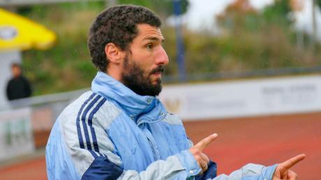 Bobingens Trainer Marco Di Santo trainiert mit seinem Team noch zurückhaltend.