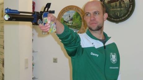 Daniel Wrigley von der Schützengilde Ottmaring erzielte beim Auftakt des Rundenwettkampfes der Luftpistolenschützen 377 Ringe.