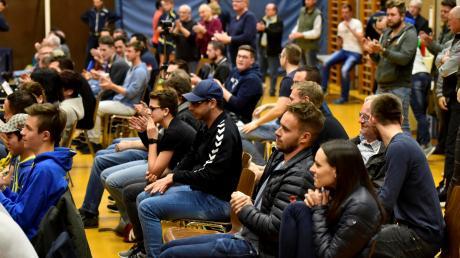 Live-Tischtennis mit Zuschauern – wie hier bei einem Spiel der Dillinger Männer – ist zurzeit untersagt. Wann und wie wieder gespielt werden darf, hängt von der weiteren Corona-Entwicklung ab.