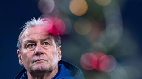 Interimstrainer Huub Stevens hat seine Mission auf Schalke erfüllt.