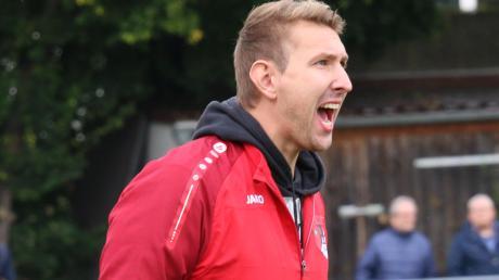 Roman Artes hört als Trainer beim TSV Pöttmes auf.