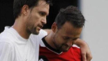 Arbeiten ab Sommer bei ihrem Heimatverein zusammen: der neue Spielertrainer Michael Mayerle (links im Trikot des TSV Binswangen) und SSV-Abteilungsleiter Thomas Kehrle (hier im Trikot des TSV Wertingen).