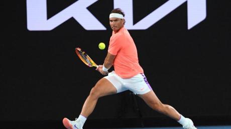 Steht zum 14. Mal im Achtelfinale von Melbourne: Rafael Nadal in Aktion .
