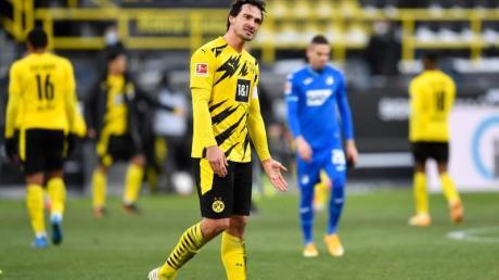 Dortmunds Mats Hummels zeigt sich nach dem Spiel genervt.