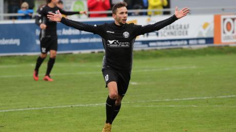 Serhat Örnek (im Trikot des TSV Schwabmünchen) gibt ab der neuen Saison gemeinsam mit Bashar Broo die Kommandos beim SC Oberbernbach.