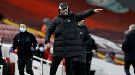 Liverpool-Trainer Jürgen Klopp tat die Niederlage gegen den Lokalrivalen «sehr, sehr» weh.