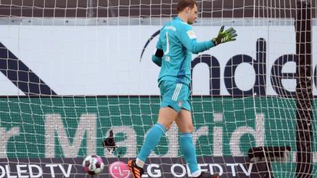 Der FC Bayern um Nationaltorhüter Manuel Neuer verlor in Frankfurt.