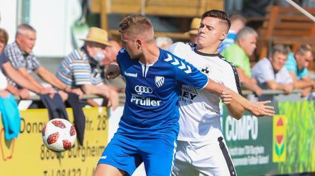 Wechselt mit sofortiger Wirkung vom TSV Burgheim zum FC Ehekirchen: Angreifer Luca Jurida (rechts).