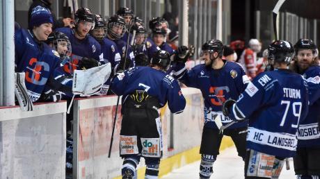 Endlich mal wieder Grund zur Freude beim HC Landsberg: Das Team gewinnt in Füssen.