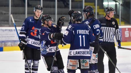 Der zweite Saisonsieg in Füssen hat den Landsberg Riverkings in der Eishockey-Oberliga einen Prestigeerfolg beschert.
