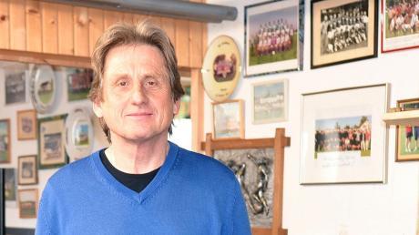 Ein Ort der Erinnerungen: Willi Stegmayr hat in seinem Keller zahlreiche Bilder und Trophäen aus den vergangenen Jahrzehnten aufbewahrt.
