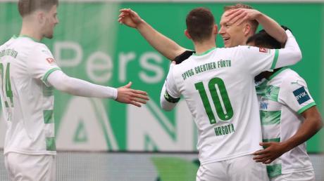 Erst kurz vor Ende konnte sich Fürth doch noch einen Punkt im Derby gegen Nürnberg sichern.
