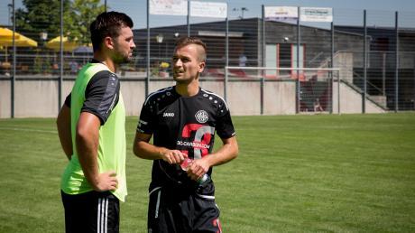 Muriz Salemovic (rechts) ist nicht mehr Sportlicher Leiter beim Fußball-Bayernligisten TSV Landsberg. Links: Coach Edgar Weiler.