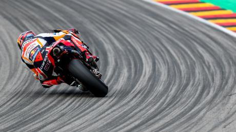 Startet beim Auftakt der MotoGP in Katar am Sonntag: Stefan Bradl. Wie der Zahlinger seine Aufgabe angeht und warum es nicht sein letzter Einsatz in dieser Saison sein wird, verrät der 31-Jährige im Interview.