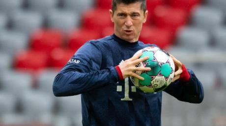 Voraussichtlich vier Wochen muss der FC Bayern München den verletzten Robert Lewandowski ersetzen.