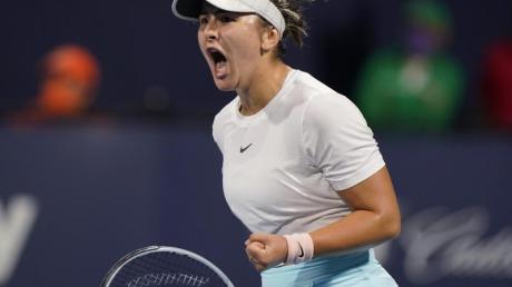 Steht im Finale des WTA-Turniers von Miami: Bianca Andreescu ballt die Faust.