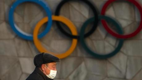 Das US-Außenministerium will über einen möglichen Boykott der Olympischen Winterspiele in Peking sprechen.