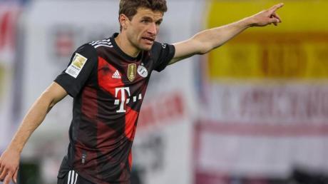 Thomas Müller fordert in Paris mehr «Präzision» der Bayern-Stars.