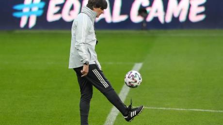Bundestrainer Joachim Löw kann nun vor der EM früher mit den Bayern-Profis planen.