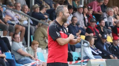 Wertingens Trainer Christoph Kehrle sah bei der 3:4-Niederlage im Derby gegen den TSV Meitingen einen packenden Kampf.