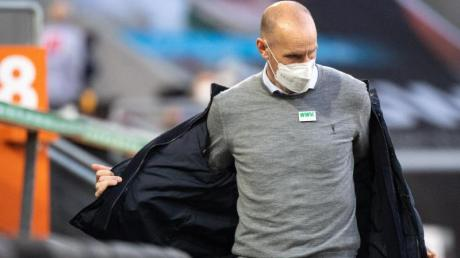 Augsburgs Trainer Heiko Herrlich steht nach der Niederlage gegen Köln vor dem Aus.