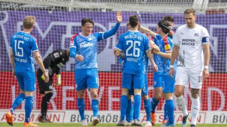 Die Kieler feierten nach der langen Corona-Quarantäne einen souveränen Sieg gegen den VfL Osnabrück.
