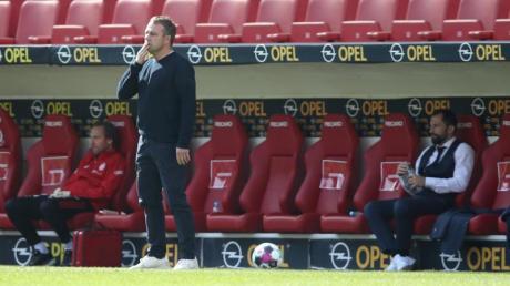 Bedient: Für Bayern-Trainer Hansi Flick und sein Team gab es in Mainz nichts zu holen.