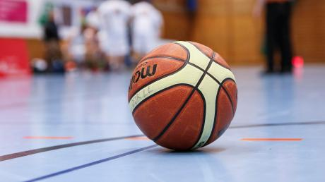 Für die Basketballer der DJK Landsberg geht die Zitterpartie weiter.
