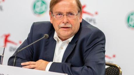 Rainer Koch ist deutlich gegen eine mögliche Ablösesumme für einen Bundestrainer.
