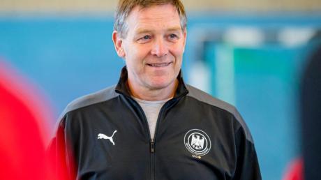 Hat die Kader für die abschließenden EM-Qualifikationsspiele benannt: Handball-Bundestrainer Alfred Gislason.