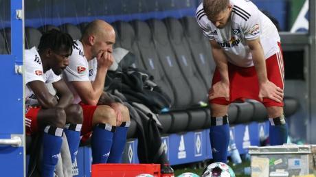 Wieder keine Bundesliga? Nach dem Remis gegen den KSC schwinden beim HSV weiter die Aufstiegshoffnungen.