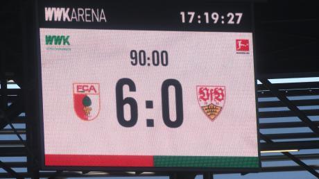 Vor zwei Jahren waren noch Zuschauer dabei, als der FC Augsburg mit 6:0 gegen Stuttgart gewann.
