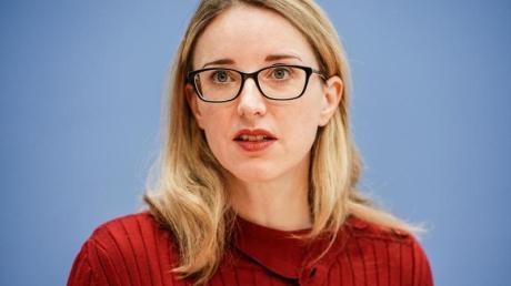 Die Vorsitzende des Deutschen Ethikrates, Alena Buyx, kritisiert das Festhalten an der Olympia-Austragung.