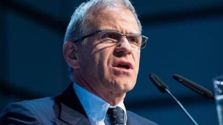 Martin Engelhardt auf der Mitgliederversammlung des DOSB im Jahr 2018.