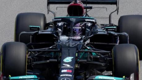 Fuhr im Training in Barcelona die Bestzeit: Lewis Hamilton.