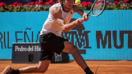 Alexander Zverev hat sich im Viertelfinale von Madrid gegen Rafael Nadal durchgesetzt.