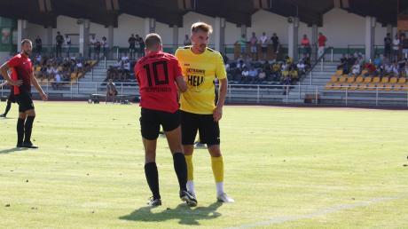 Wird die alternative Variante für den Saisonabbruch angenommen, sehen sich der Kreisliga-Meister TSV Mindelheim (rechts Rick Rogg) und die DJK Ost-Memmingen als Vizemeister in der Bezirksliga wieder.
